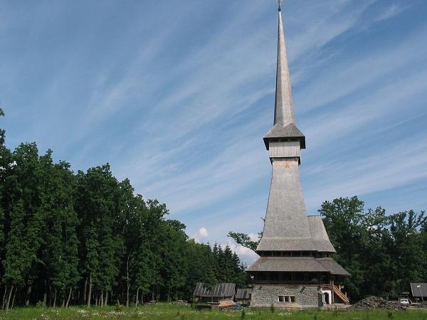 117925_manastirea-peri-sapanta
