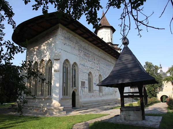 Mănăstirea_Probota_20100721-156